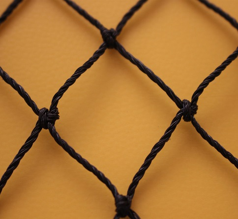 knotted bird netting
